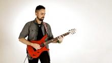 Anno: 2015      Il chitarrista Riccardo Gioggi racconta la sua esperienza con le corde NYXL di Daddario, distribuite in Italia da Bode.
