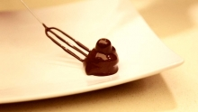 Anno: 2015   &nbsp;   Perugina ha una &quot;scuola del cioccolato&quot; in cui un maestro pasticcere insegna a realizzare il cioccolatino pi&ugrave; romantico del mondo. <br /> Il video mostra la &quot;nascita di un bacio&quot;.