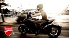 &lt;P&gt;Anno: 2012&lt;/P&gt;   &lt;P&gt;Rimini Street Food&lt;BR&gt;   Un progetto di Filippo Polidori e Rolling Stone&lt;BR&gt;   In collaborazione con:&lt;BR&gt;   Ducati Motor Holding&lt;BR&gt;   Comune di Rimini&lt;BR&gt;   Regia e montaggio: Marco Poderi&lt;BR&gt;   Attrice: Adriana Hula&lt;BR&gt;   Makeup / Hair Styling: Federica Cipolloni&lt;BR&gt;   Assistente alla fotografia: Matteo Letizi&lt;BR&gt;<br />  Musica: Martin Rinaldi&lt;/P&gt;   &lt;P&gt;Nasce la prima guida ai cibi di strada di Rimini. Un viaggio che racconta la cultura di un territorio attraverso l'autenticit&agrave; delle persone e delle loro storie. Un'occasione per scoprire luoghi non conosciuti dai turisti ma dal grande fascino. Percorsi alternativi da fare in moto con una mappa che segnala i tanti artigiani che in questa terra lavorano creando nelle loro botteghe prodotti di eccellenza. Piada, frutta, porchetta, musica e rock e motociclette: passioni da scoprire e vivere.&lt;/P&gt;   &lt;P&gt;www.riministreetfood.com&lt;BR&gt;   www.facebook.com/riministreetfood&lt;/P&gt;   &nbsp;  &nbsp;  &nbsp;   &nbsp;   &nbsp;   &nbsp;   &nbsp;   &nbsp;   &nbsp;