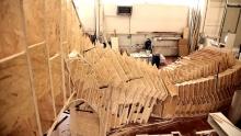 Anno: 2015   &nbsp;   SCM Group, tra i leader mondiali nel settore delle macchine per la lavorazione del legno, si prepara alla fiera Ligna 2015 con un'installazione imponente: Streaming Innovation, un progetto che rappresenta idealmente dei flussi di legno che crescono e si intrecciano. <br /> <br /> Questo video raconta come nasce il progetto, anche grazie alla collaborazione di grandi partner di SCM Group.